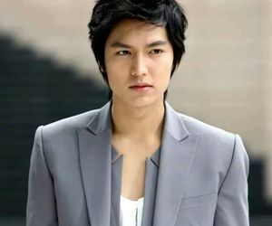 lee min ho and korea image