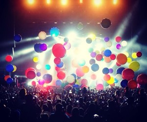balloons, 30stm, and concert image