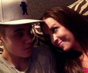 justin bieber and pattie mallette image