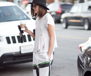 fashion, loose morals, and los angeles image