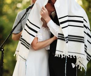 couple, jewish, and kiss image