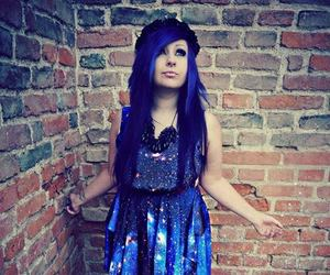 blue hair, verena schizophrenia, and scene queen image