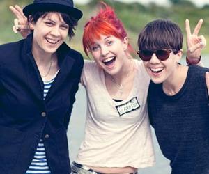 hayley williams, paramore, and Tegan and sara image
