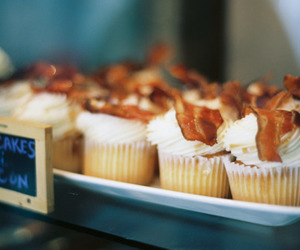 bacon, candy, and cupcake image