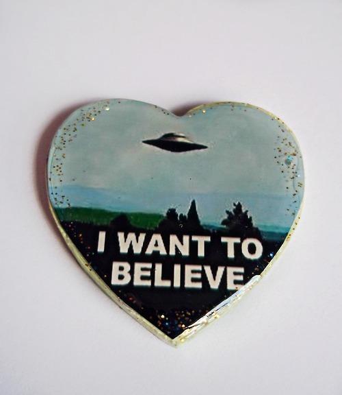heart, alien, and et image