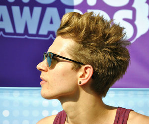 james mcvey, the vamps, and band image