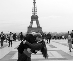 beijo, casal, and paris image