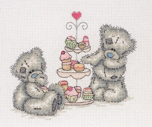 cupcakes and teddy bears image