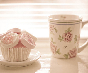 cupcake, flowers, and lovely image