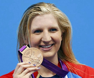 cosmetic surgery, rebecca adlington, and nose surgery image