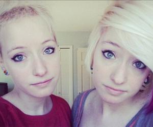 blonde, short hair, and dip dye image
