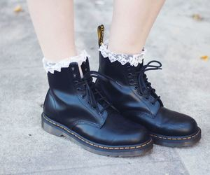 beautiful, black and white, and boots image