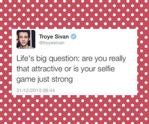 troye sivan and youtube image