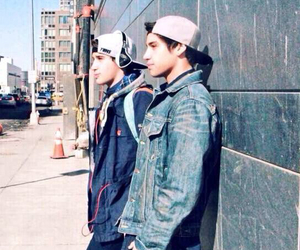 jai brooks, twins, and luke brooks image