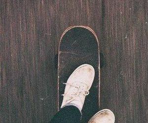 skate, hipster, and skateboard image