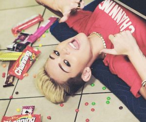 candy, smiler, and we cant stop image