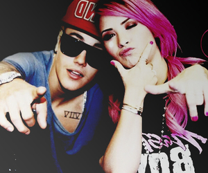 demi, justin, and manips image
