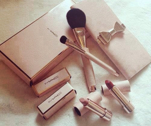 classy, fashion, and makeup image
