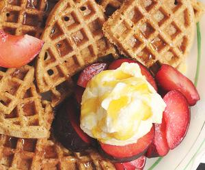 breakfast, cream, and fruit image