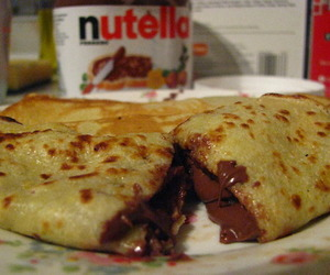 nutella, chocolate, and crepes image