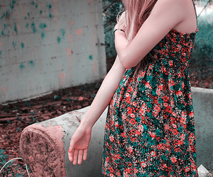 fashion, floral, and urban decay image