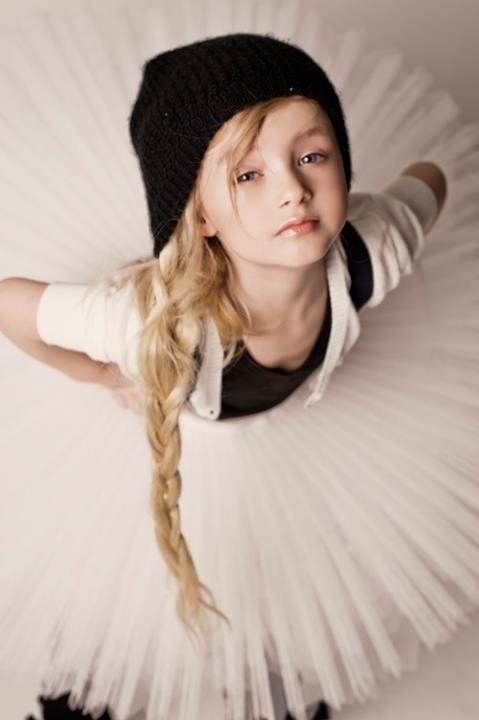 Alena Nikiforova is an amazing female fashion photographer from Russia.  Here is a stunning showcase of cute and adorable kids photography by Alena  ...