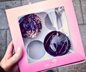 chocolate, cupcakes, and pink image