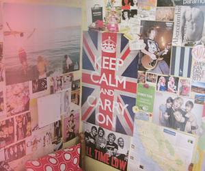 keep calm, poster, and room image