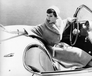 car and chic image
