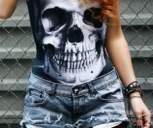 skull and shorts image