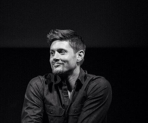supernatural, Jensen Ackles, and black and white image