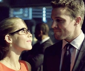 arrow, oliver queen, and felicity smoak image