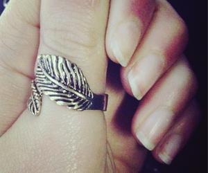 foglie, anello, and foto image
