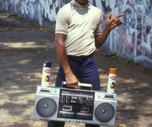 hip hop, old school, and graffiti image