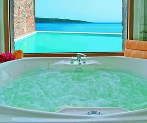 summer, bath, and luxury image