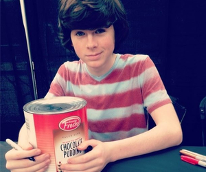 food, pudim, and carl grimes image
