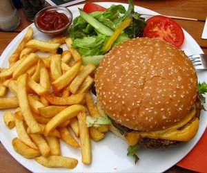 food, hamburger, and yummy image