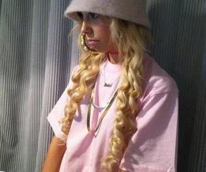 swag and lil debbie image