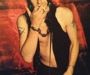 izzy stradlin and Guns N Roses image