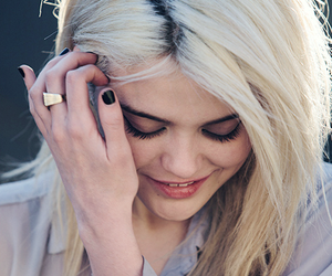 sky ferreira, blonde, and girl image