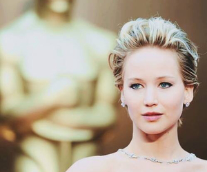 Jennifer Lawrence, oscar, and black and white image