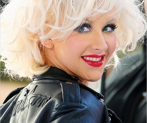amazing, christina aguilera, and hair image