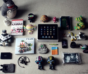 artoyz, totoro, and ipad image