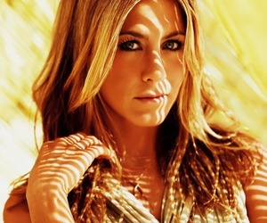 Jennifer Aniston, fashion, and beauty image
