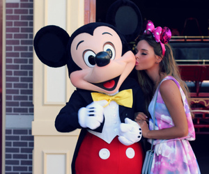 disney, kiss, and mickey image