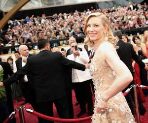 Academy Awards, cate blanchett, and red carpet image