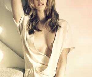 rosie huntington whiteley image