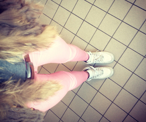girl, outfit, and pink image
