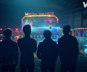 the vamps and song image