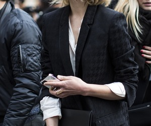 bob, clemence poesy, and hair image